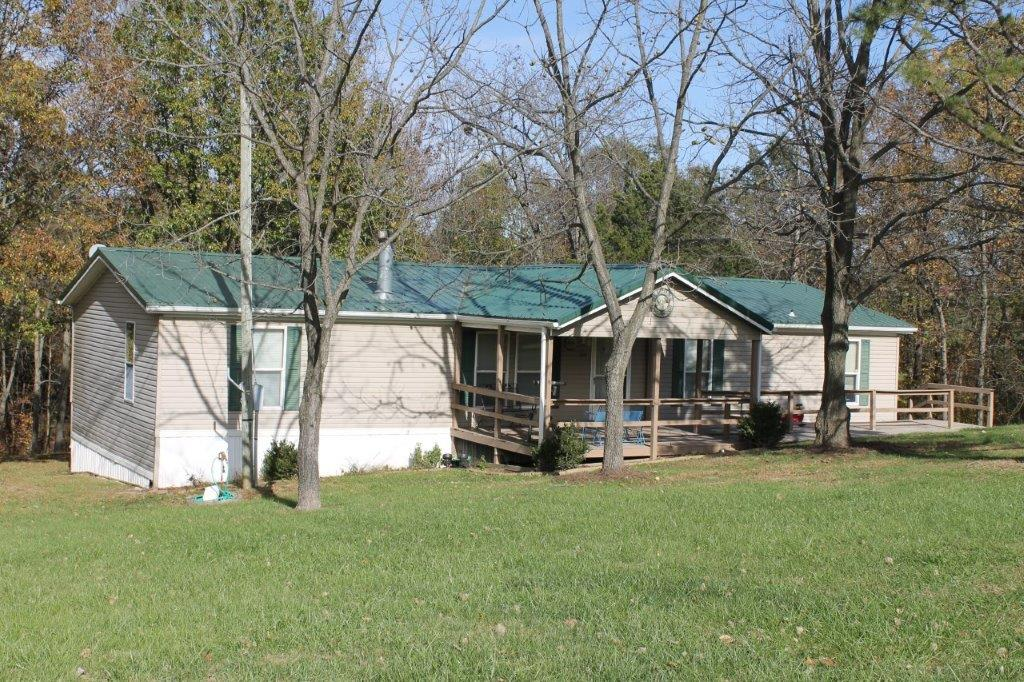 ON CONTRACT….319 County Road 400, Fayette, MO 65248    $115,000.00   (6.10 acres m/l)