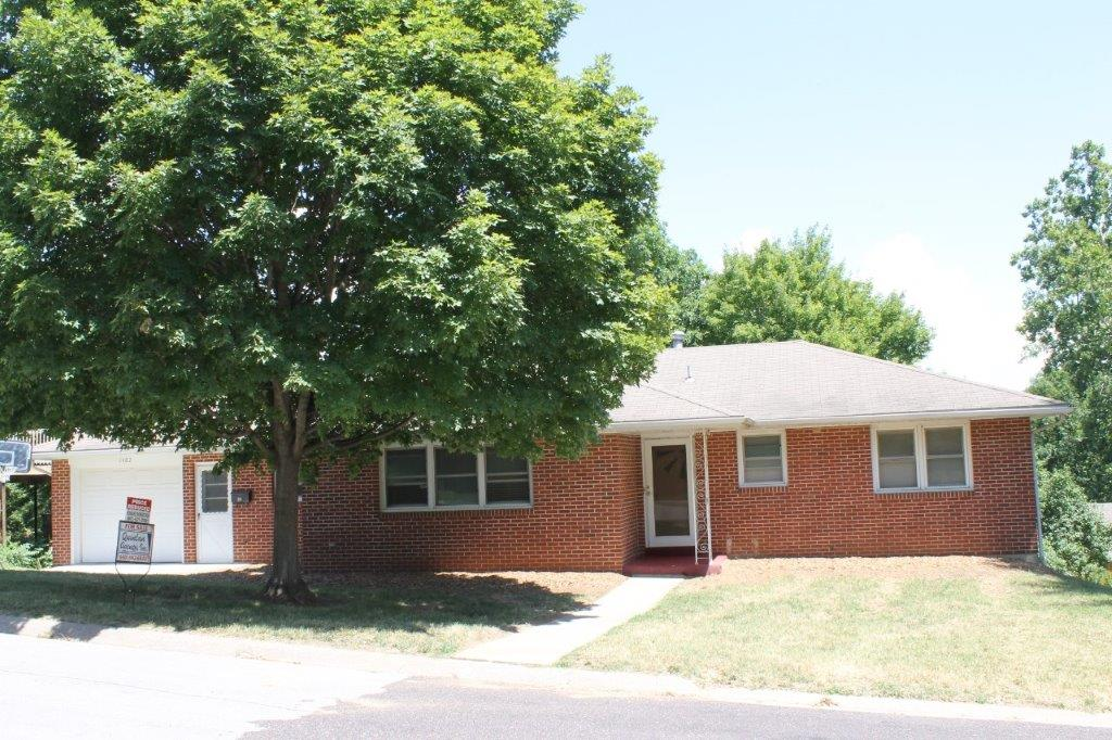 $125,000.00……1402 Jefferson Dr., Boonville, MO 65233   SOLD 2018