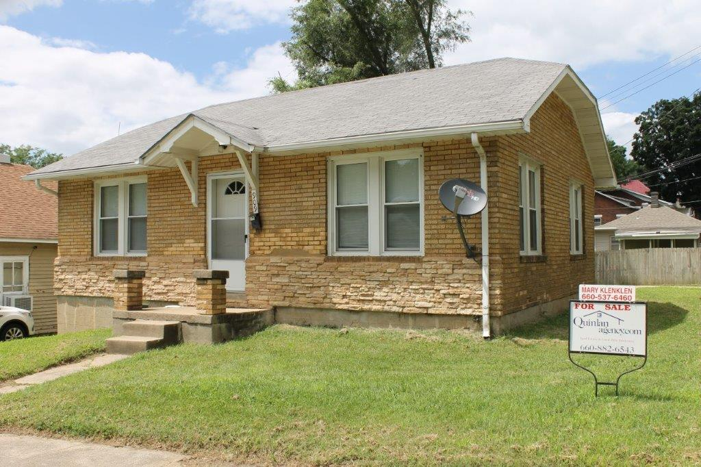 SOLD 2019  $59,900.00….909 Windsor St., Boonville, MO 65233