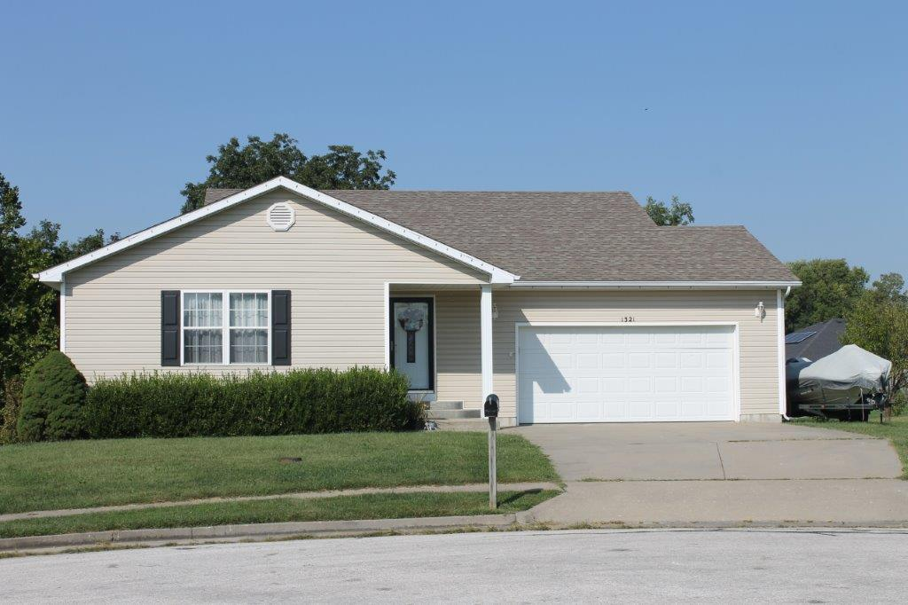 SOLD 2019….$175,000.00….1321 Phoenix Ct., Boonville, MO 65233