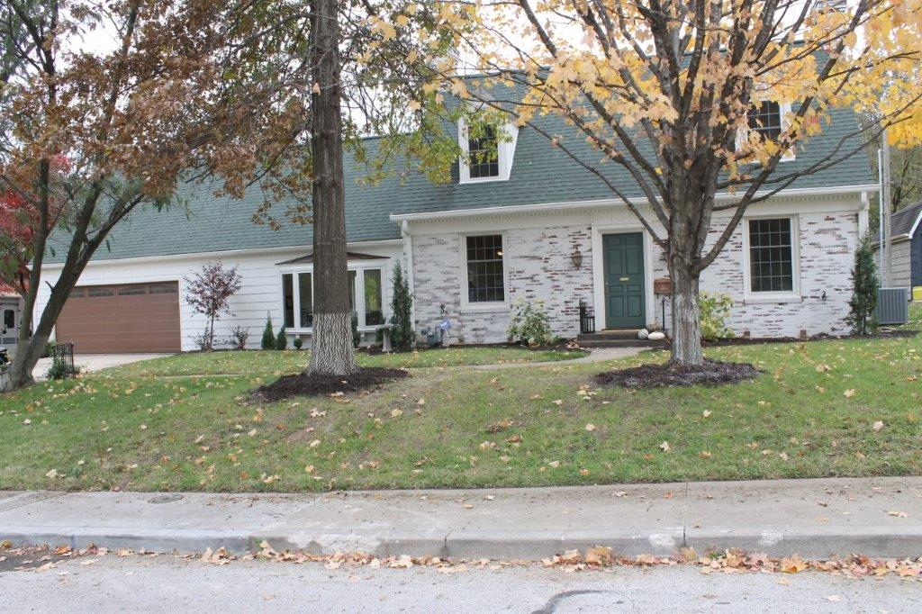 ON CONTRACT!$299,900.00….1314 6th Street, Boonville, MO 65233