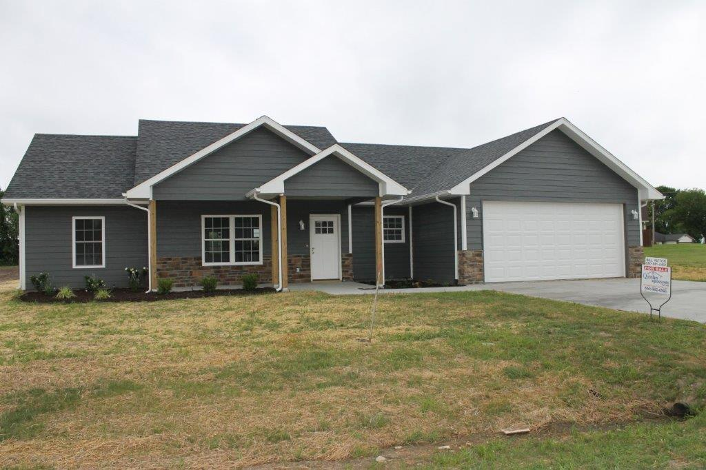ON CONTRACT…$177,000.00…New Construction….706 Sells Ct., Prairie Home, MO 65068