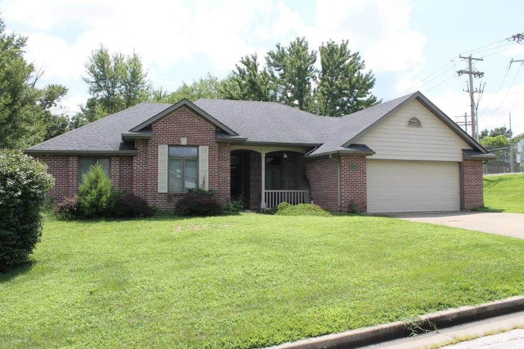 $210,000.00….800 Sonya Dr., Boonville, MO 65233